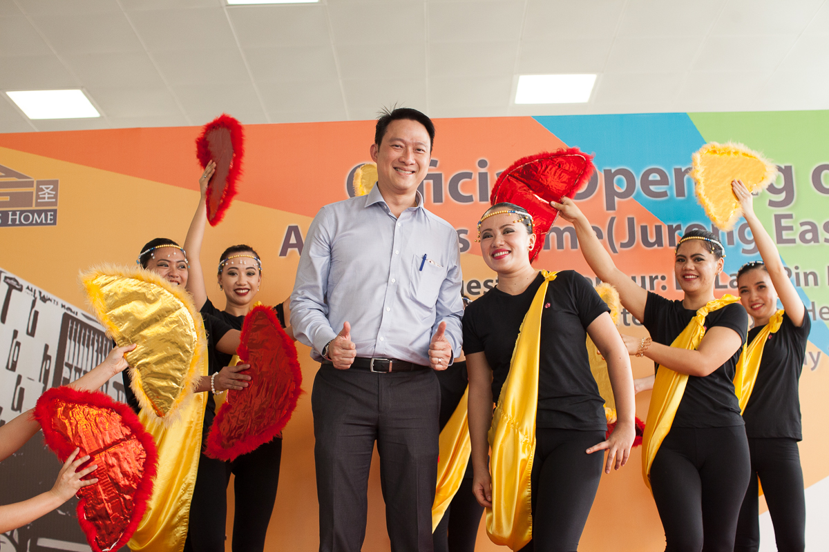 Guest-of-Honour, Dr. Lam Pin Min, Minister of State for Health was invited to share the stage with nurses and therapists of All Saints Home who put up a cultural dance at the official opening of All Saints Home Jurong East today (20 May 2016).